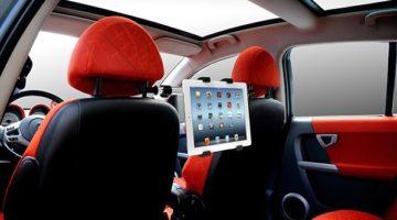article-Bientôt le départ en vacances? Anticipez avec le support universel pour tablette en voiture NeoXeo